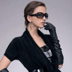 清新自然时尚靓丽嘉禾利莎羊绒服饰