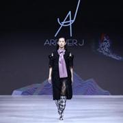 2019江南國際時裝周:視覺守則·行走的韓國風尚