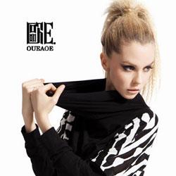欧E女装,坚持以黑白装为主的品牌风格