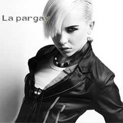 La pargay女装,用黑白两色扮美时尚