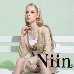 妮莹女装--表达年轻女性睿智英丽的一面