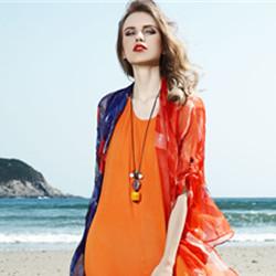 AM女装追求时尚高雅的品质